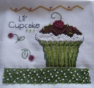cupcake-cross-stitch-fun-1